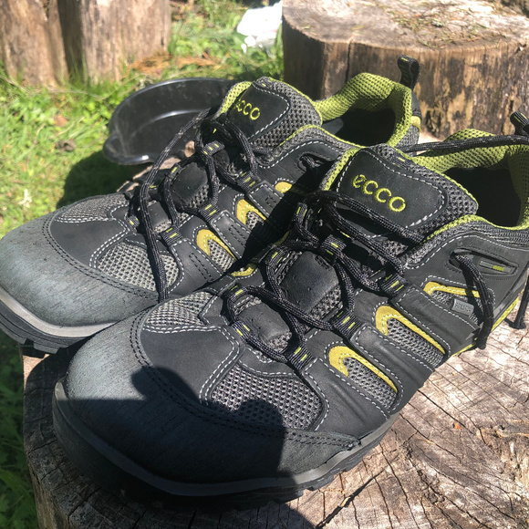 Ecco EPR Men's Black SuedeMesh Gore Tex Sneakers